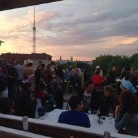 Снимок сделан в Botaniqué Bar пользователем Ksenia T. 5/30/2015