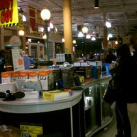 Photo taken at 6th Avenue Electronics by KENNETH R. on 11/18/2011