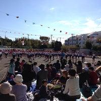 Photo taken at 横浜市立 桜井小学校 by Miyuqui.I on 10/27/2013