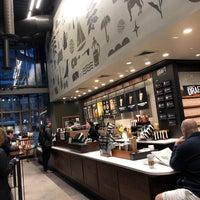 Das Foto wurde bei Starbucks von Chris H. am 3/5/2018 aufgenommen