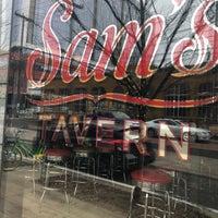 Снимок сделан в Sam's Tavern пользователем Chris H. 2/1/2018