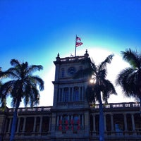 Photo taken at Hawaii Supreme Court Law Library by JayChan on 12/24/2014