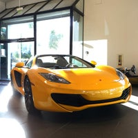 Photo taken at McLaren Auto Gallery Beverly Hills by JayChan on 12/24/2015