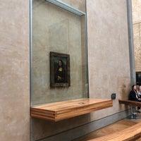 Foto tirada no(a) Mona Lisa | La Joconde por 髏々宮カルタ em 10/13/2018