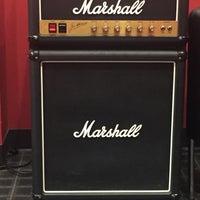 Photo taken at Guitar Center by Djuana B. on 11/4/2016