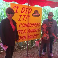Photo taken at Apple Annie's Pumpkins And Produce by Djuana B. on 10/8/2016