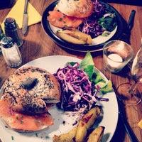 Photo taken at Rachel - Bagels & Burgers by Ariane F. on 3/28/2014