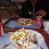 Photo taken at Pizza Metro's by Elçin C. on 2/9/2014