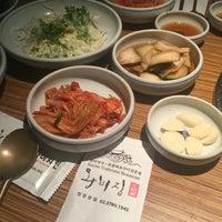 Photo taken at 왕비집 (王妃家) by Steven K. on 6/11/2016