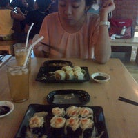 Photo taken at Sumo Sushi by Lintang E. on 4/14/2014