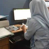 Foto scattata a Kantor Pemasaran Tamansari Bukit Mutiara Balikpapan da Rizki M. il 4/10/2013