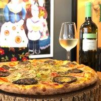 7/9/2018 tarihinde Mehmet A.ziyaretçi tarafından Zucca Pizza'de çekilen fotoğraf