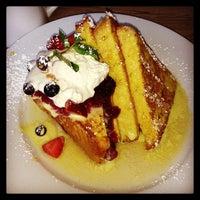 Снимок сделан в Green Eggs Cafe пользователем Vanessa C. 12/28/2012