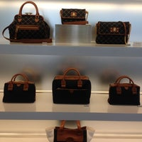 Photo taken at Marc Jacobs Aoyama by Martin W. on 12/18/2012