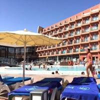Foto scattata a Protur Roquetas Hotel & Spa da Jacinta M. il 8/21/2015