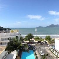 Foto tirada no(a) Hotel Marambaia por Teodora F. em 5/4/2013