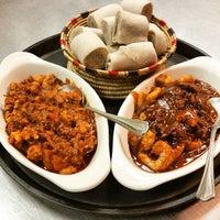 Foto diambil di Lalibela Ethiopian Restaurant oleh Austine N. pada 5/9/2015