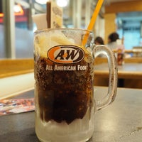 Photo taken at A&W 屋宜原店 by Artid J. on 2/2/2018