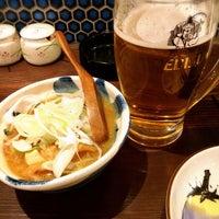Photo taken at 和食居酒屋 魚吉鳥吉 by Asuka T. on 11/14/2014