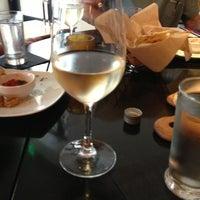Foto tomada en CRÚ - A Wine Bar por Patricia K. el 4/9/2013