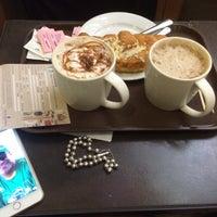 Photo taken at Starbucks by Mohamed S. on 12/8/2014