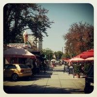 Das Foto wurde bei Café Palermo von Kon P. am 8/16/2013 aufgenommen