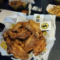 Photo taken at Buffalo Wild Wings by Samah D. on 9/8/2013