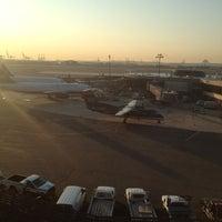 Das Foto wurde bei Newark AirTrain - Terminal A von Strive M. am 9/14/2012 aufgenommen