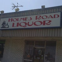 Photo taken at Holmes Road Liquor by Mr_ R. on 4/29/2013