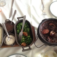 Photo taken at Restaurante e Pizzaria Senzala by Joaquim N. on 9/30/2012