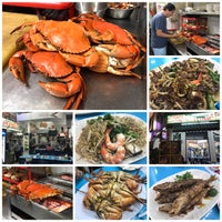 Photo taken at Happy Crab by Ema K. on 11/17/2017
