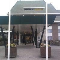 Photo taken at Van der Valk Hotel Vianen by Roberto M. on 4/5/2013