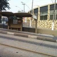 Photo taken at Parada Itamarati by Renan on 4/26/2013