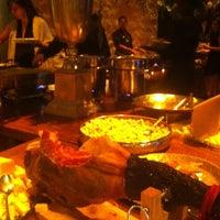 Foto tirada no(a) Espaço L´instant por Sushi Lounge & Grill em 4/28/2013