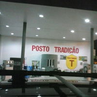 Photo taken at posto tradiçao by Evans A. on 5/8/2013