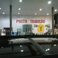 Photo taken at posto tradiçao by Evans A. on 4/23/2013