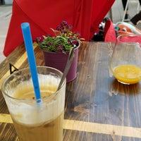 Foto tomada en Double Shot Coffee Shop por Zsombor E. el 5/1/2017