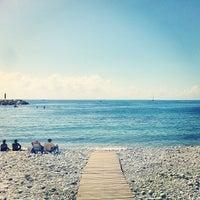 Photo taken at Playa de Mascarat Sur / La Barreta by Miguel F. on 9/22/2013