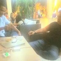 Photo taken at Mokka Coffee Cabana by Bambang S. on 8/6/2014