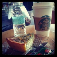 Photo taken at Starbucks by Thessa S. on 4/29/2013