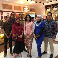 Photo taken at BRAJA MUSTIKA Hotel & Convention Centre by Cindy Y. on 1/28/2017