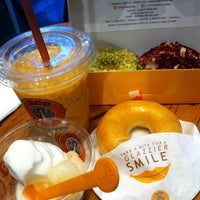 Photo taken at J.Co Donuts & Coffee by Cindy Y. on 3/1/2016
