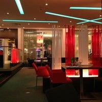 Снимок сделан в RBG Bar & Grill ресторан пользователем Ankur P. 7/6/2013