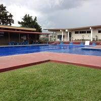 Photo taken at Piscina  Del Colegio De Abogados by Manuel A. on 5/28/2013