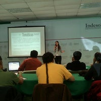 รูปภาพถ่ายที่ Indesol โดย Ariadna C. เมื่อ 3/22/2013
