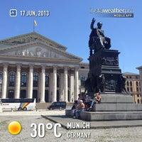 Das Foto wurde bei Bayerische Staatsoper von Robert Geofrey B. am 6/17/2013 aufgenommen