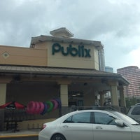 Photo taken at Publix by Fylmmy on 8/14/2014
