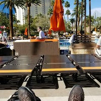 Foto scattata a MGM Grand Pool da Jerome B. il 3/14/2018