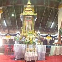 Photo taken at วัดบางแม่หม้าย จ.สุพรรณบุรี by Moon M. on 11/11/2013
