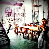 Photo taken at NAT's SISTER CAFe' by OJUNG on 7/17/2013